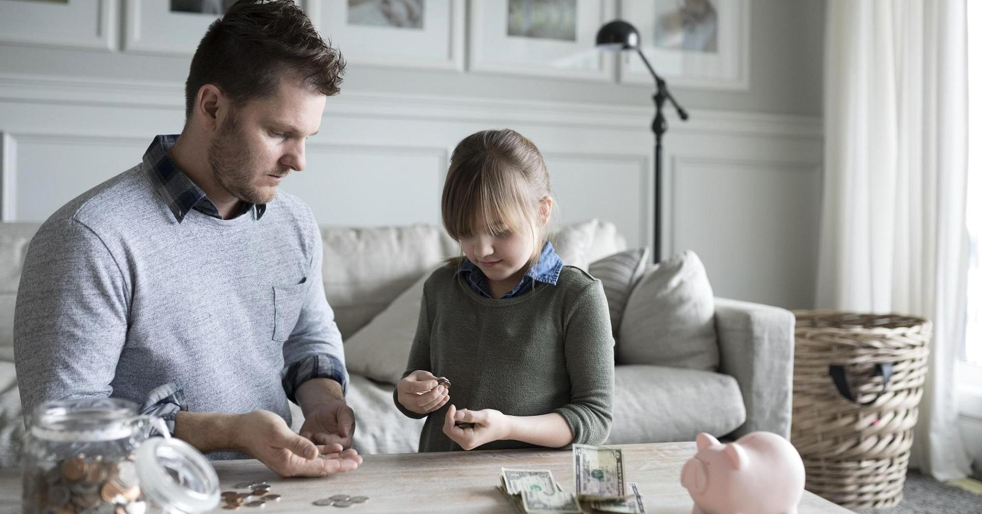Top money lessons dads can teach their kids this Father's Day