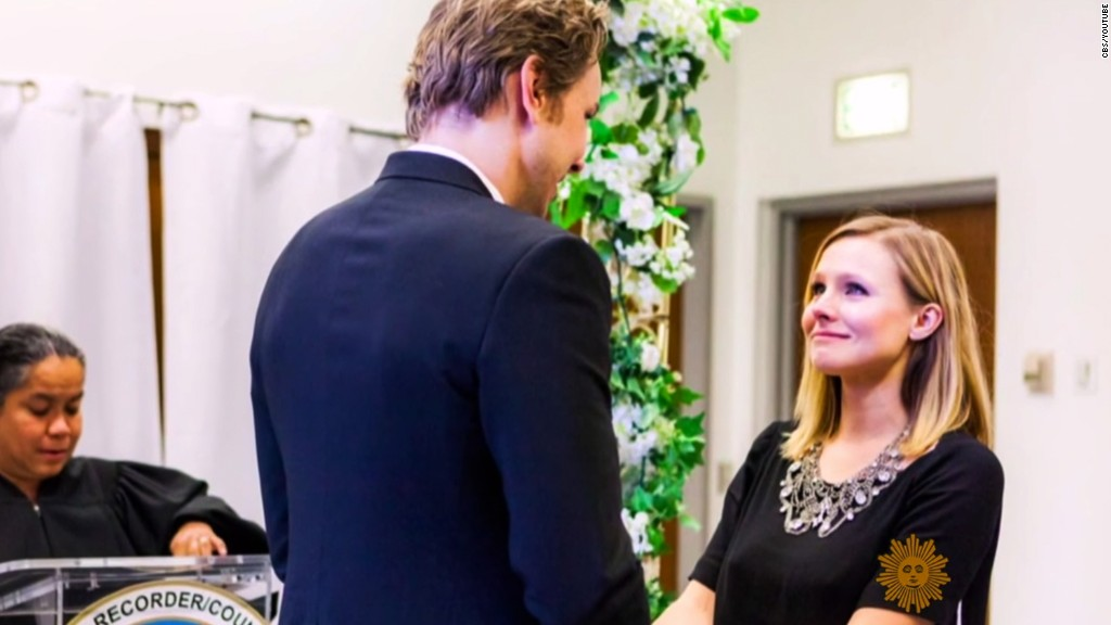 Kristen Bell shares glimpse of $ 142 wedding