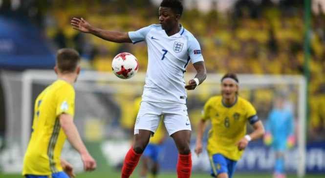 Demarai Gray urges club managers to give young English talent more opportunities