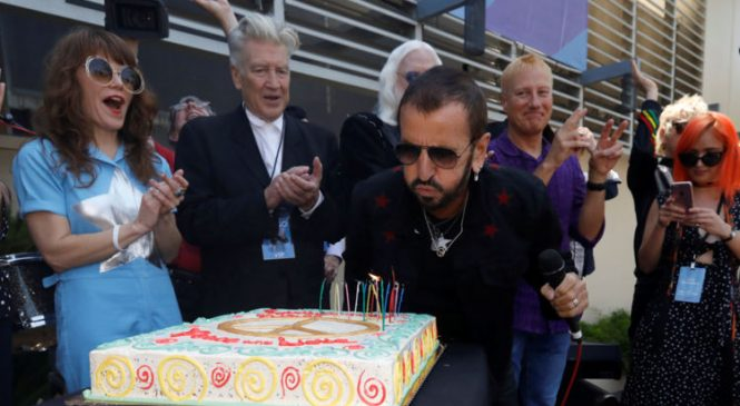 Ringo Starr hopes for 'peace and love' Brexit