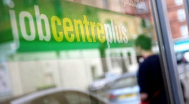 UK unemployment drops to 1.49m