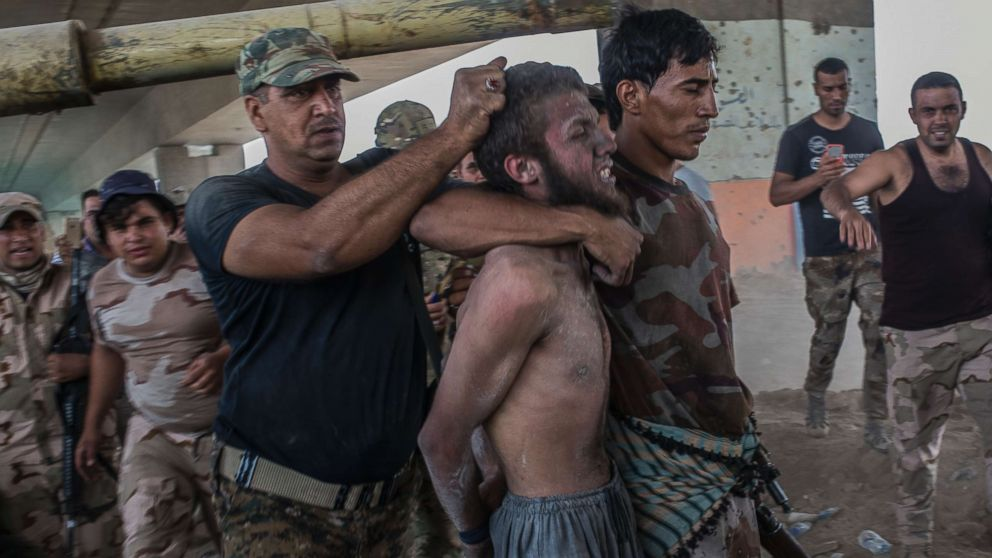 Mosul ISIS fighters feigning surrender in order to attempt suicide attacks