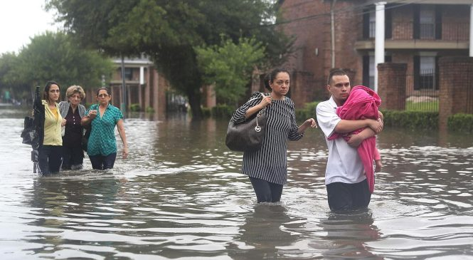 IRS makes it easier for Harvey victims to tap 401(k) money for rebuilding