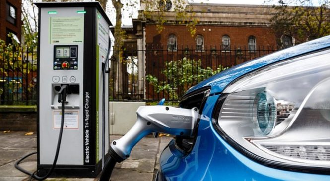 Fewer cars not cleaner ones key to tackling air quality