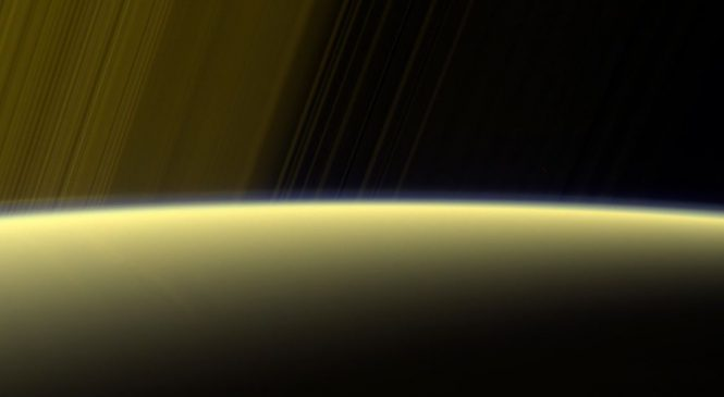 Cassini skims Saturn's atmosphere