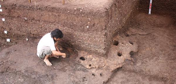 Archaeologists discover ancient trade routes in Vietnam