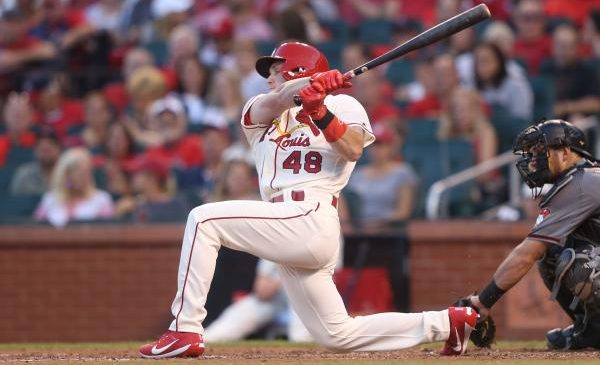 Study analyzes visual tracking strategies in baseball