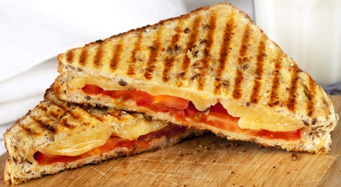 This Slimmed-Down Grilled Cheese Tastes as Good as the Original