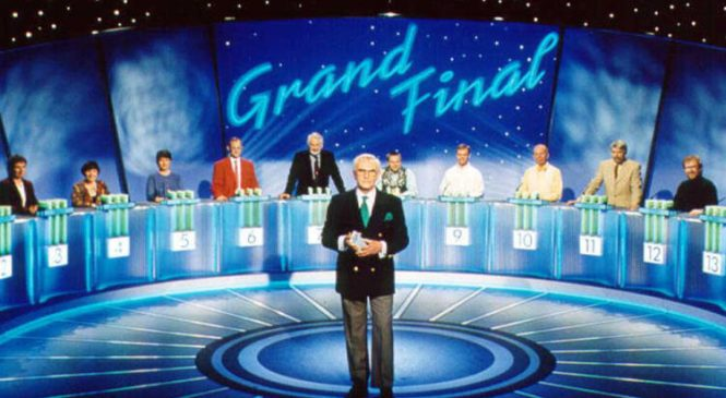 Fifteen to One host William G Stewart dies