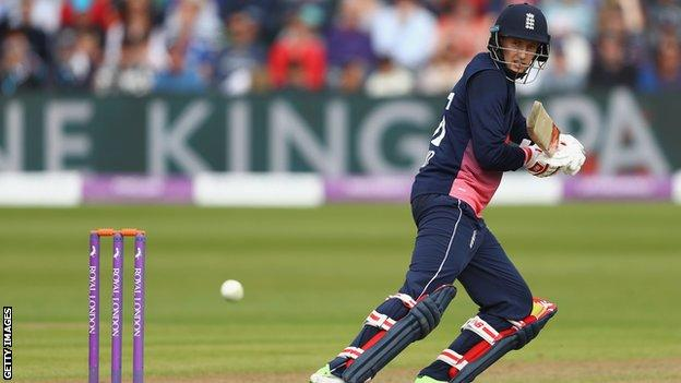 Moeen hits 53-ball century in England win – highlights & report