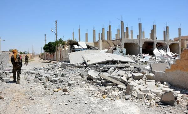 Experts: Islamic State 'death spiral' most dangerous part of fight for U.S. coalition