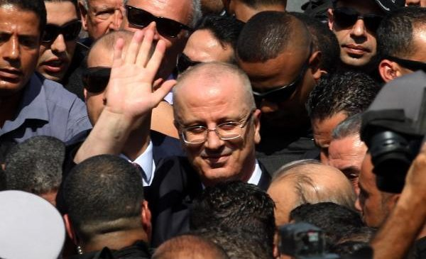 Hamdallah visits Gaza to begin reunification with Ramallah