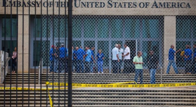 AP sources: US spies in Havana hit by bizarre health attacks