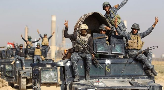 Iraqi forces enter Kirkuk as Kurds flee