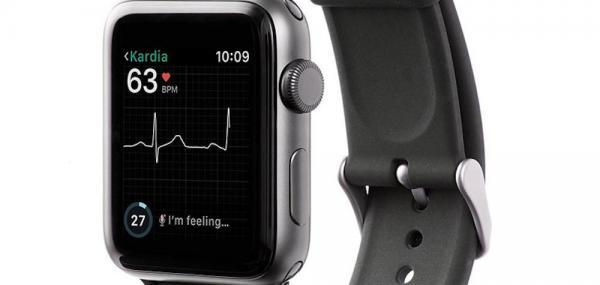 FDA approves EKG app for Apple Watch
