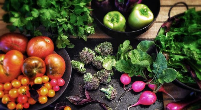 Happy World Vegan Day! Here Are 5 Health Benefits of Going Vegan
