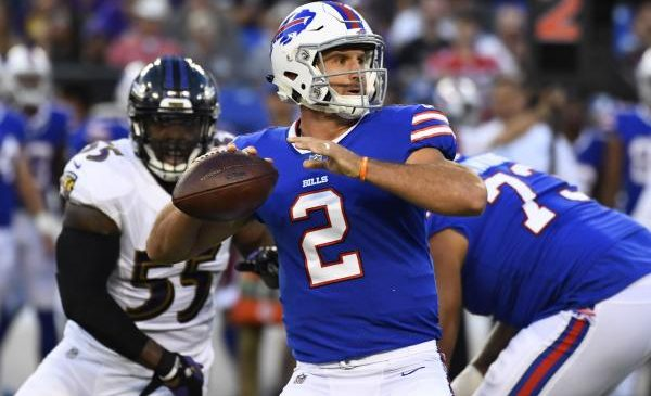 Buffalo Bills rookie QB Nathan Peterman, WR Kelvin Benjamin injured vs. Indianapolis Colts