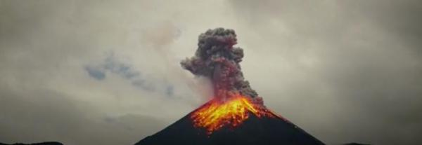 Dramatic video of Ecuadorian volcano's eruption released