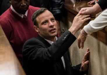 Pistorius injured in prison fight over phone