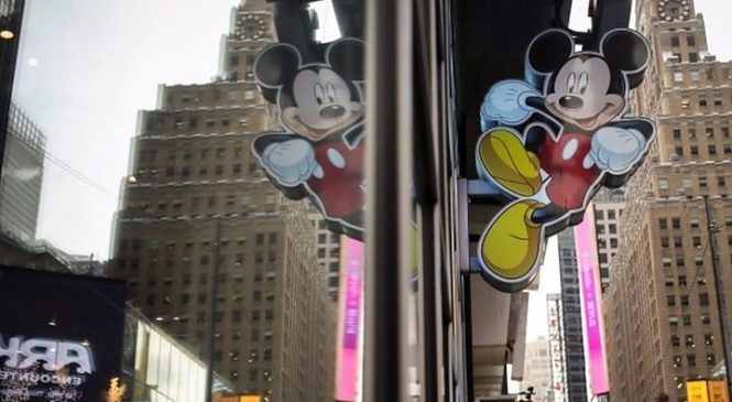Walt Disney buys Murdoch's Fox for $52bn