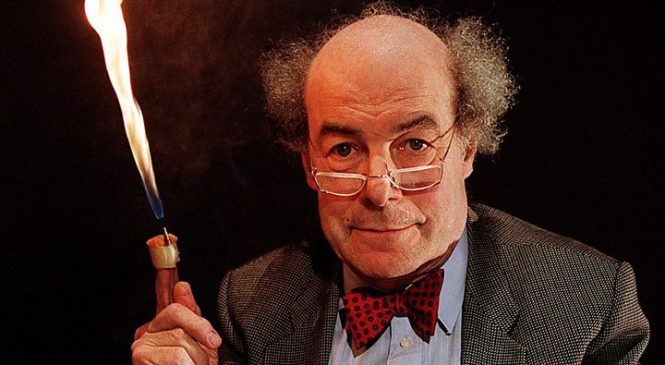 Heinz Wolff, Great Egg Race presenter and scientist, dies