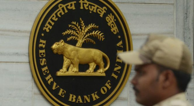 Banks hire ex-RBI men to avoid slip-ups