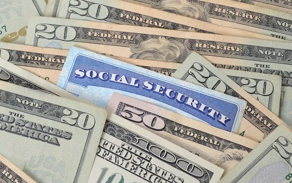 Who Gets Social Security Benefits? 7 Facts You Ought to Know