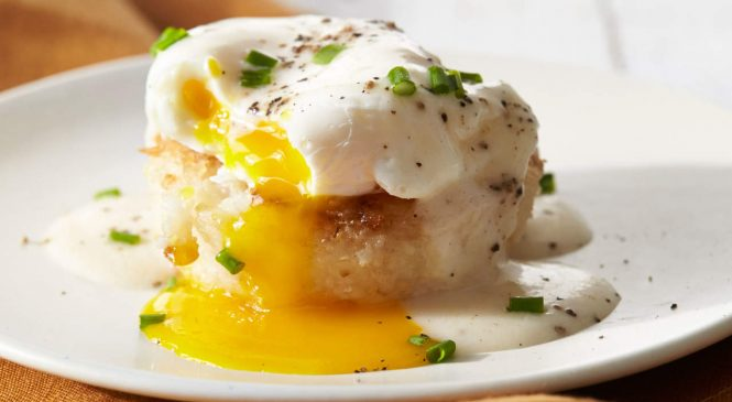 Forget Vinegar, This Is the One Thing You Need for Perfect Poached Eggs