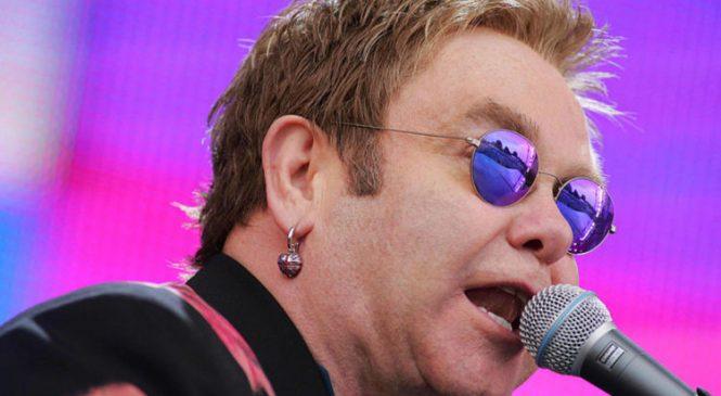 Sir Elton John to end touring – with 300-gig run