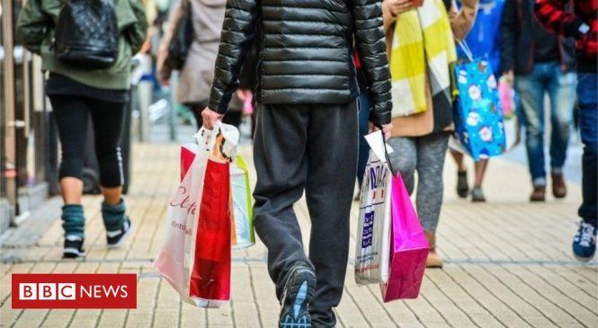 UK retail sales fall in December