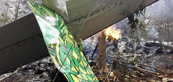 Costa Rica plane crash kills 12, including 10 Americans