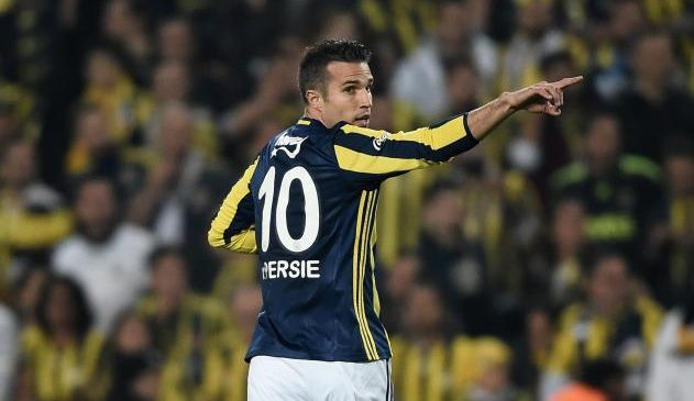 Former Arsenal and Manchester United striker Robin van Persie completes return to Feyenoord