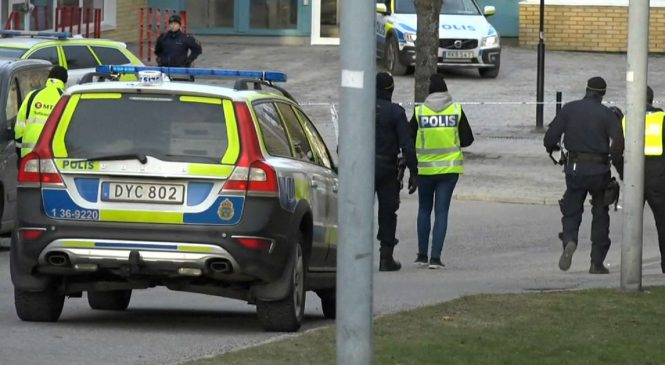 Man dies after Stockholm metro station blast