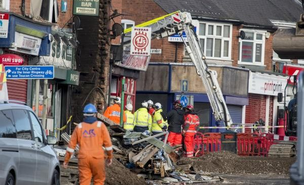 Police arrest 3 over Leicester, Britain, explosion