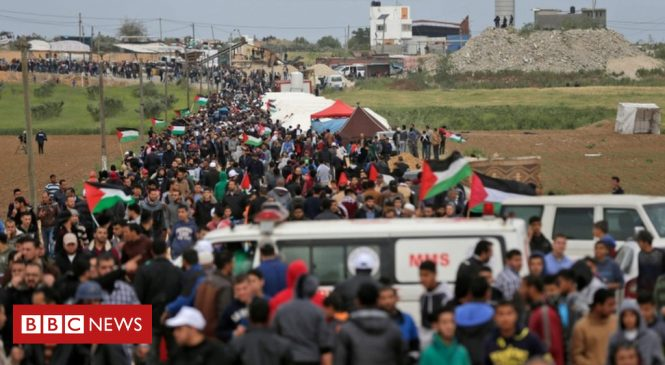 Palestinians mass in thousands for protest at Gaza-Israel border