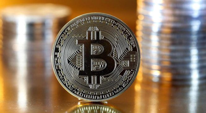 A decade from now, bitcoin is more likely to be $100 than $100,000, economist says