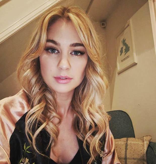 Amanda Clapham sexy Instagram pic