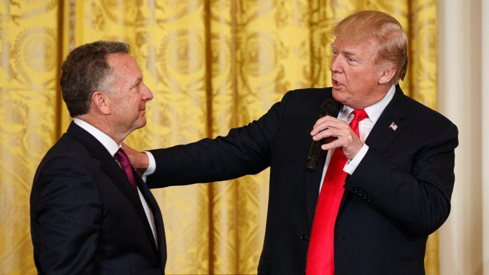 Trump says drug dealers may deserve 'ultimate penalty'