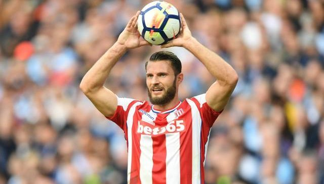 Stoke City news: Erik Pieters fined £70,000 for partying the night before Everton game