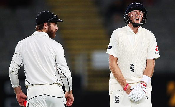 New Zealand v England: Joe Root falls on final ball of day four