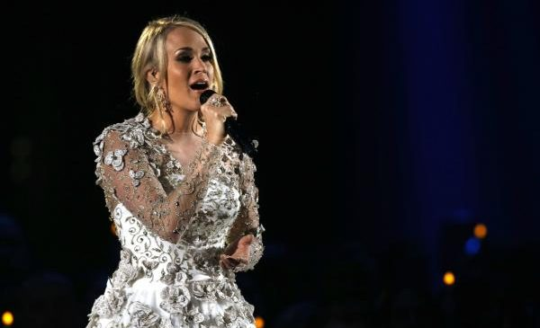 Carrie Underwood to perform new song at ACM Awards
