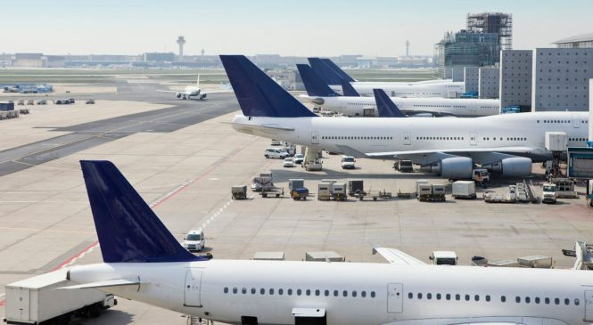 Half of European flights face delay after glitch
