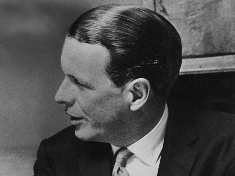 British advertising executive David Ogilvy (1911 - 1999), head of advertising agency Ogilvy, Benson and Mather, 1961.