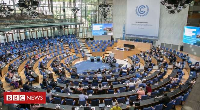 UN puts brave face as climate talks get stuck