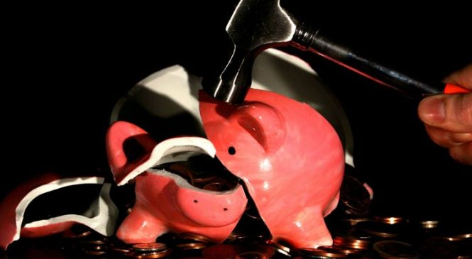 New crackdown on high-cost credit charges