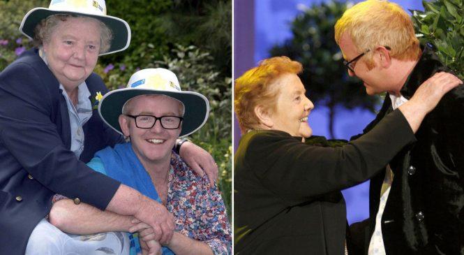 Evans misses show after 'incredible' mum dies