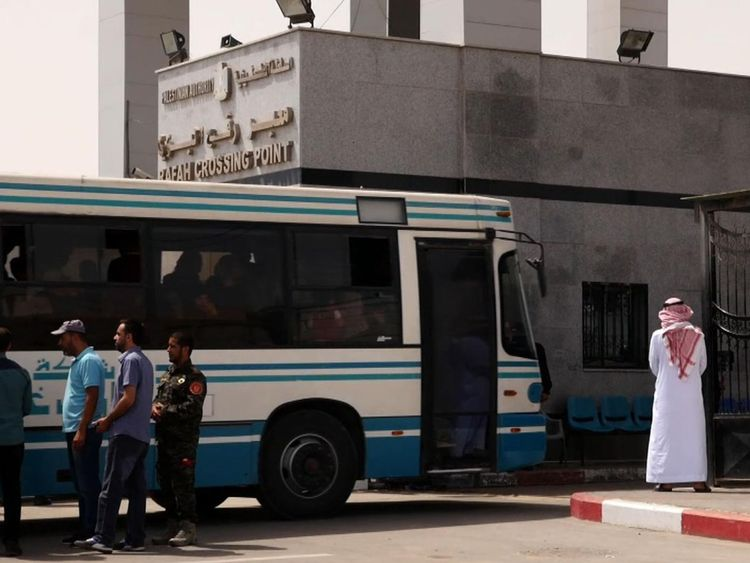 People on a bus from Gaza at the Rafah crossing point
