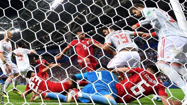 Costa scores fortuitous goal as Spain survive Iran scare – report & highlights