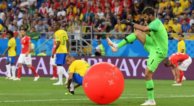 Liverpool and Real Madrid target Alisson goes viral thanks to hilarious video from Brazil v Switzerland