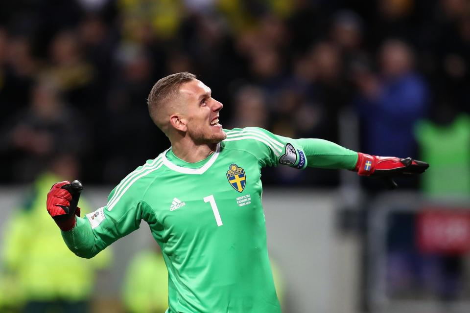 Sweden goalkeeper Robin Olsen has emerged as a transfer target for Liverpool.